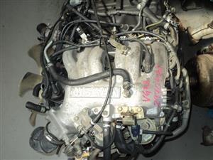 NISSAN 3.3 V6 ENGINE R11500