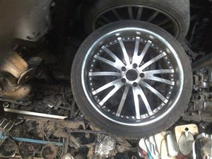 Mercedes benz 20 inch 4 mag rims with tyres