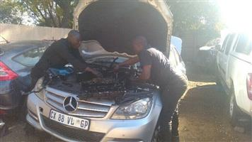 We are specialist in repairing cars engines and gearboxes