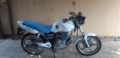 2012 Suzuki EN125-2
