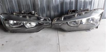BMW F30 Headlights (non xenon)