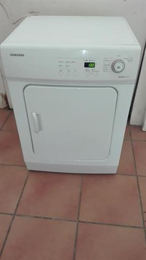 8kgs Samsung auto dry tumble dryer