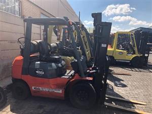 2.5 ton Toyota 7FG25 LP gas forklift