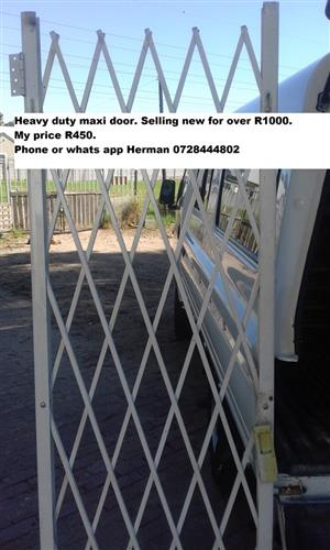Heavy duty maxi door for sale
