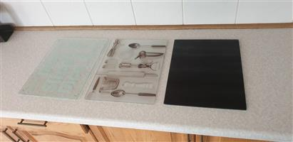 Cutting Boards - Glass - All Matching 30x40cm With Rubber Feet To Elevate Them Slightly