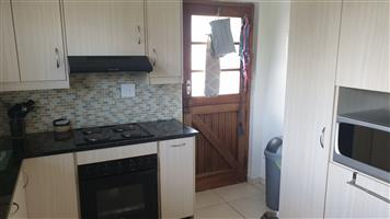 4 Bedroom house in Monte Vista Cape Town