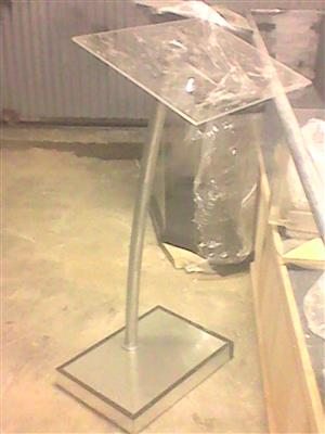 >Lectern< Using Natural Steel