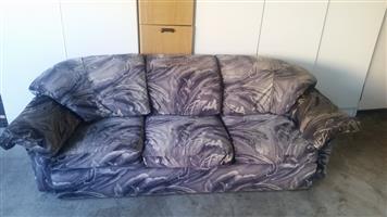Bargain 3 Piece lounge suite R2950.00 NO EFT