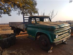 Chevy C60, straight 6, starts and moves