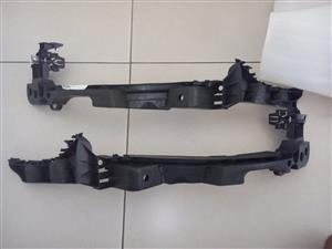 VW GOLF 6 GTI BRAND NEW FRONT BUMPER HEADLIGHT BRACKETS FOR SALE PRICE:R195 EACH