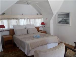 Room in Durban North lodge on special for October R250pp pn