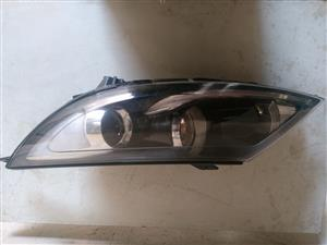 Kia Sportage 2 headlights