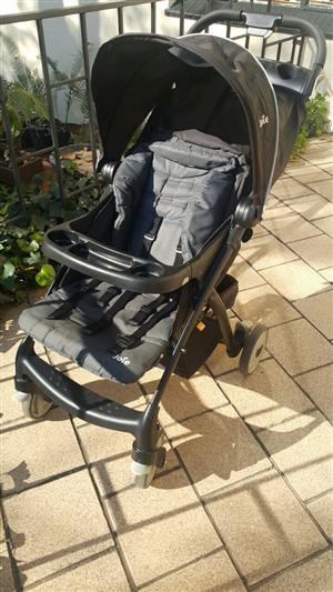 Joie Baby Pram and Baby Car Seat combo