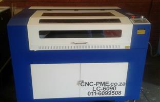 900 mm X 600 mm Laser Cutters 80 Watt Tube