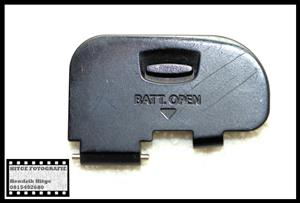 Canon EOS 60D - Battery Door
