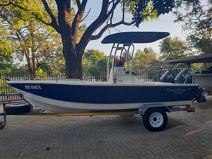 Very rare Ocean Runner 17 built by African Skiff for sale