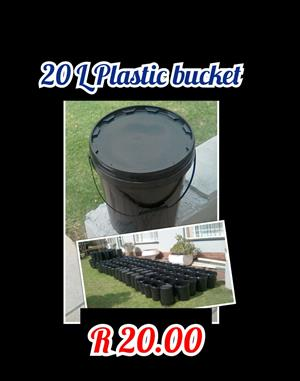 20 Litre Buckets with lid