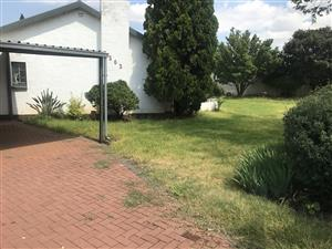 room to let at R2200 plus R150 for water and electricity