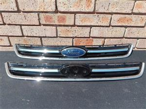 Ford Kuga Main Bumper Grill