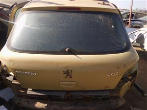 PEUGEOT 307 COMPLETE TAILGATE FOR SALE!!