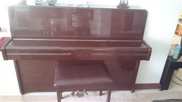 YAMAHA UPRIGHT PIANO FOR SALE
