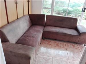 L Shape Lounge Suite for Sale – R1300