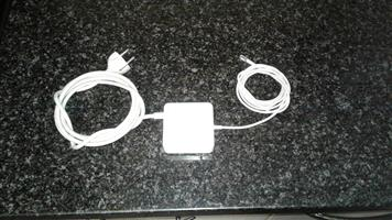 Apple MacBook charger / power adapter