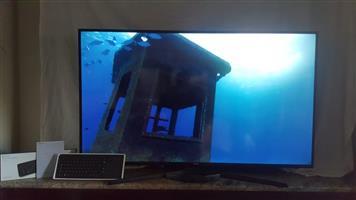 "Samsung 60"" KU7000 Smart 4K UHD TV"