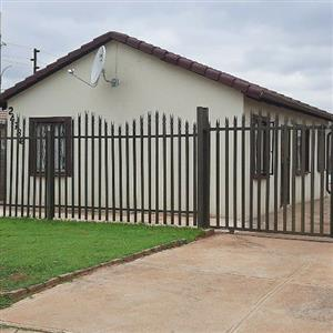 House to Rent in Protea Glen