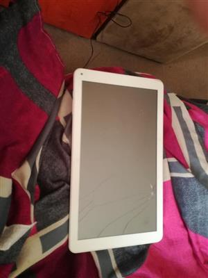 10.7 inch tablet as spares was working then died won't charge up and has crack on screen but still w