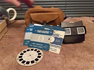 Vintage View Master with 12 collectable reels