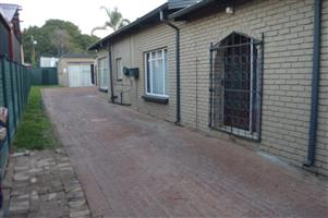 4 Bedroom House to Rent in Rietfontein