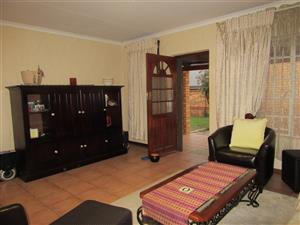 Freehold Townhouse in Silver Willows Estate