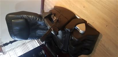 Osim iMedic PRO massage chair – Leather [BARGAIN]