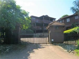 Spacious 5 Bedroom,4 Bathroom Double Storey Log Home for sale in Port Edward.