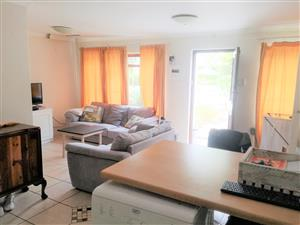 A Lovely Modern Garden Cottage available immediately in S/West