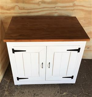 Kitchen Island Chunky Cottage series 1020 with doors - Stained