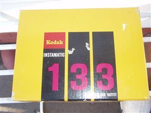 VINTAGE KODAK INSTAMATIC 133 CAMERA