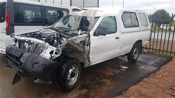 2018 NISSAN NP300 2.5 TDI STRIPPING FOR SPARE PARTS