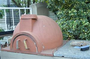 Clay Wood and gas Pizza Oven