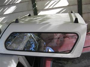 Fiat Strada canopy, Kango white, good condition