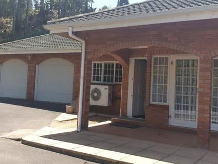 House  For sale in Padfield Park
