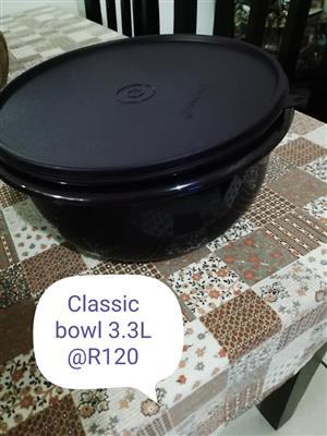 Classic black bowl