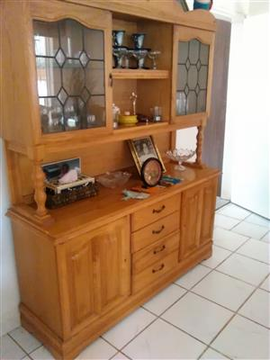 Cabinet for dinning room