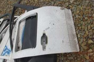 2008 ISUZU KB RIGHT REAR DOOR SHELL – USED