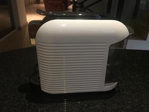 K-fee white coffee machine