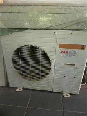 Goldair air con for sale in very good condion