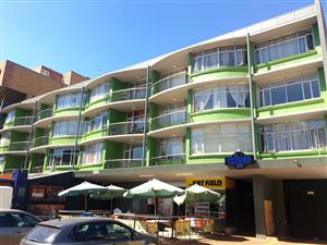 206 (17) OXFORD MEWS - 2 BEDROOM APARTMENT IN HATFIELD (RAPID RENTALS)
