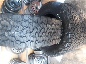 265/60/18 Bf Goodrich tyres