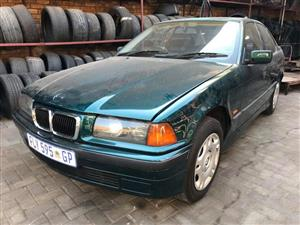 1999 Bmw E36 316i Facelift M40 Automatic Now Stripping For Spares